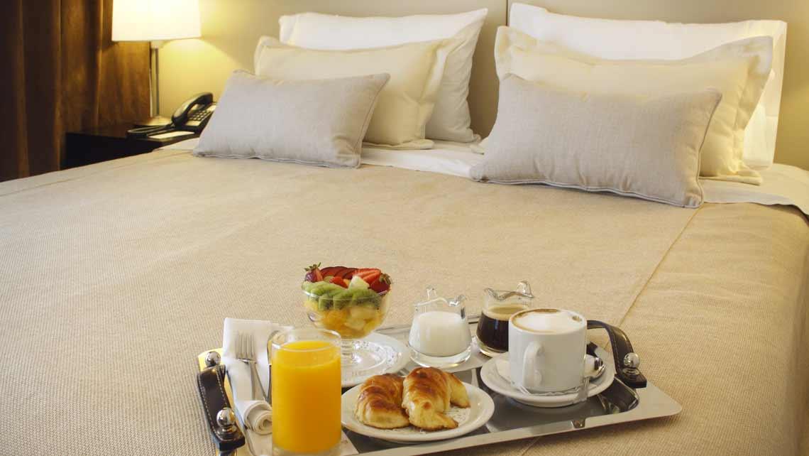 room service 24/7